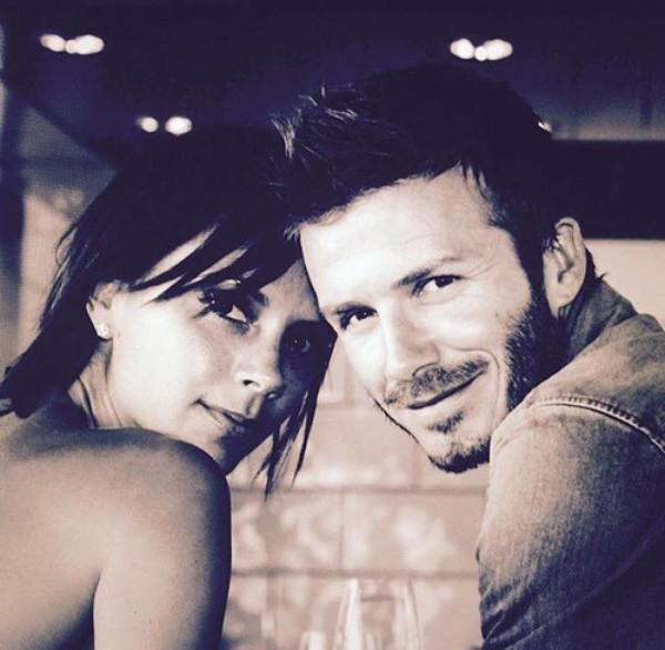 Beckham luôn biết cách thể hiện tình yêu với vợ.