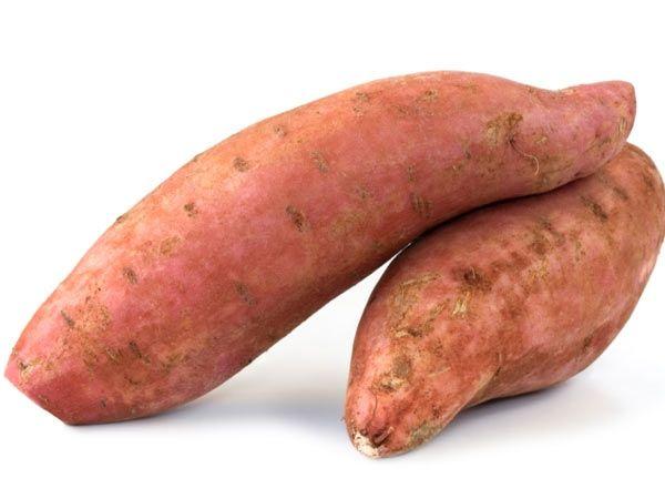 Chống ung thư Beta carotene là tiền chất của vitamin A trong cơ thể người. Vitamin A duy trì đôi mắt sáng và làn da khỏe mạnh.