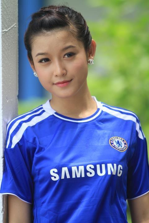 Fanclub Chelsea 7 triệu người like đăng ảnh Á hậu Huyền My 6