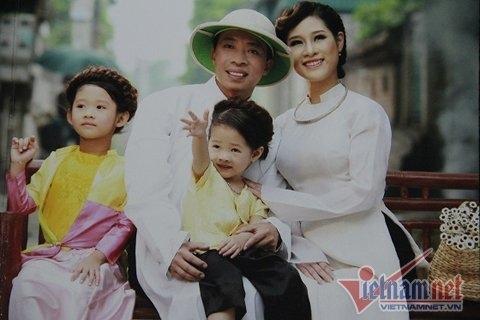Thăm ngôi nhà ngập tràn tiếng cười của Việt Hoàn