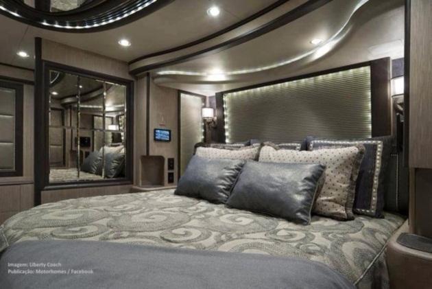 Khó có thể tin đây là phòng ngủ trên một chiếc xe khách