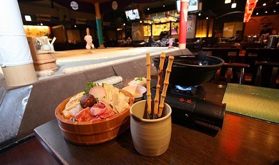 Nhật Bản hiện nay có rất nhiều nhà hàng bán canh Chankonabe cho du khách do những võ sĩ Sumo giải nghệ làm chủ