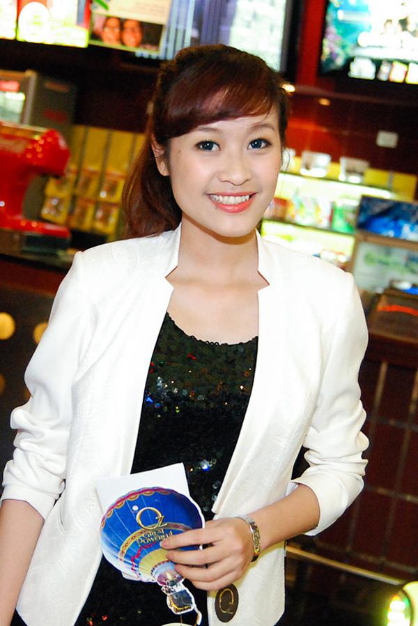 Điểm danh những hot girl trong làng báo Việt