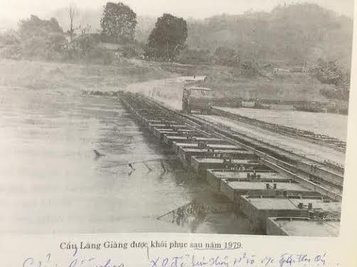 Cầu Làng Giàng được khôi phục sau chiến tranh (Ảnh tư liệu mỏ Apatit)