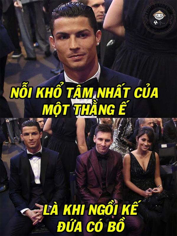 Khổ thân Ronaldo