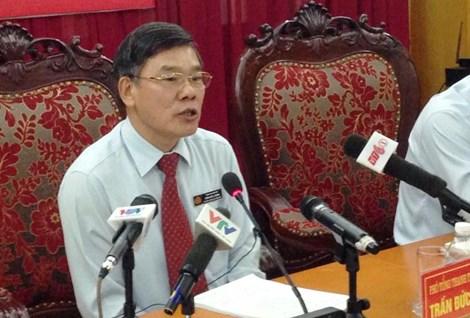 Ông Trần Đức Lượng Phó Tổng TTCP trả lời các cơ quan báo chí tại buổi họp báo. Ảnh: Đ. TRUNG