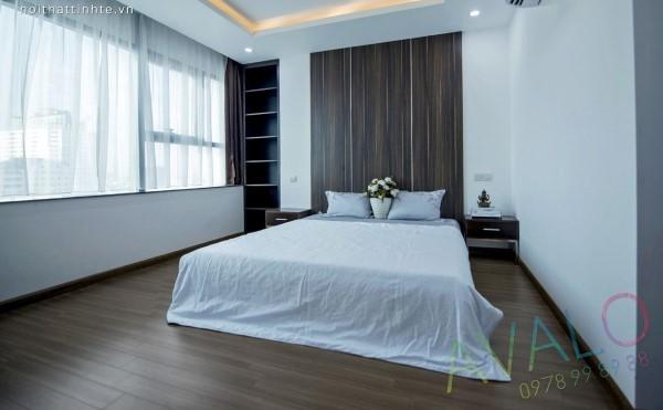 Phòng ngủ chan hòa ánh nắng