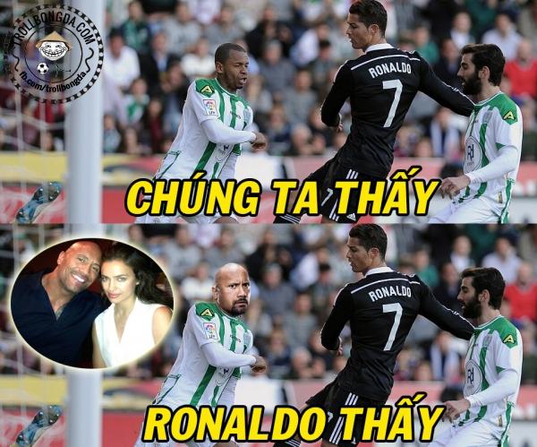 Lí do Ronaldo lãnh thẻ đỏ