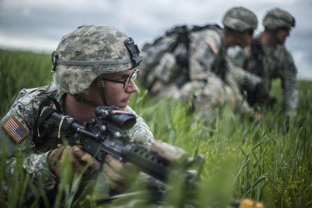 Nam giới, đặc biệt là các binh sĩ rất cần estrogen trong cơ thế.