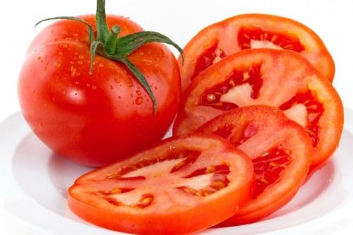 Với cà chua, công dụng góp phần ngăn chặn phát triển của tế bào ung thư là điều không cần phải bàn cãi.
