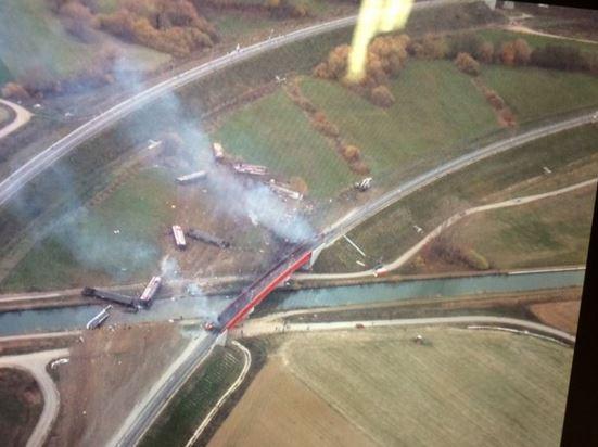Hình ảnh vụ tai nạn chụp từ trên không. Ảnh: France 3 Alsace