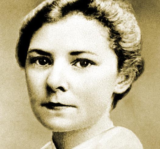 Con gái của George Boole - Nữ văn sĩ tài năng Ethel Boole, tác giả của tác phẩm nổi tiếng Ruồi Trâu