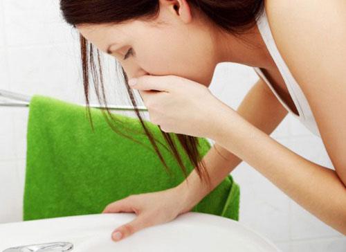 Nhạy cảm với mùi là một trong những dấu hiệu nhiễm độc.