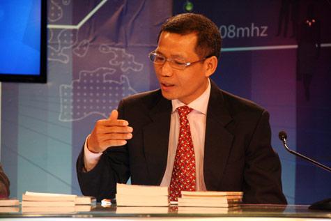 Theo ông Hùng: Học ở Tây về có người giỏi nhưng cũng có bạn còn kém xa trình độ một bạn học trong nước.