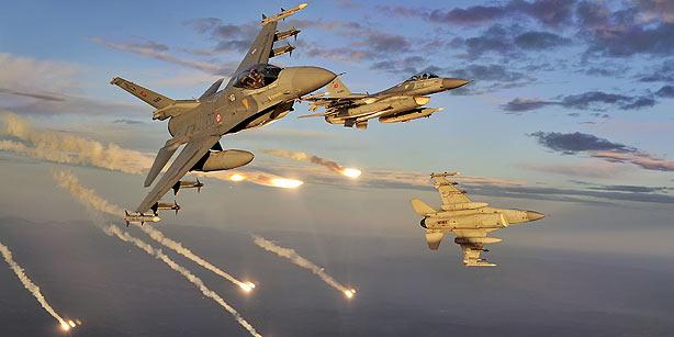 F-16C/D Block 50 Plus của Thổ Nhĩ Kỳ không hề tỏ ra kém cạnh Su-30SM của Nga