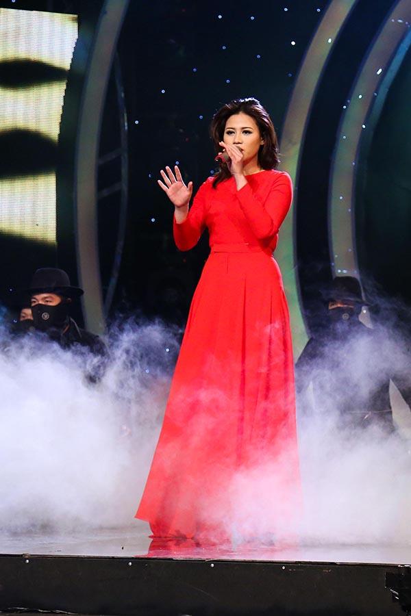 Phải tranh tài với 2 thí sinh nặng kí là Khắc Minh, Phú Thiện, song bằng giọng hát ấn tượng, Thảo Nhi đã dành trọn 100 điểm của giám khảo để đăng quang Quán quân Học Viện Ngôi Sao mùa 2.