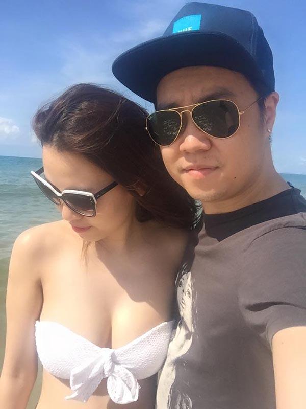 Tuy nhiên thời gian sau này, Linh Nhi thoải mái hơn khi đi du lịch và chụp hình kỉ niệm cùng bạn trai nổi tiếng.