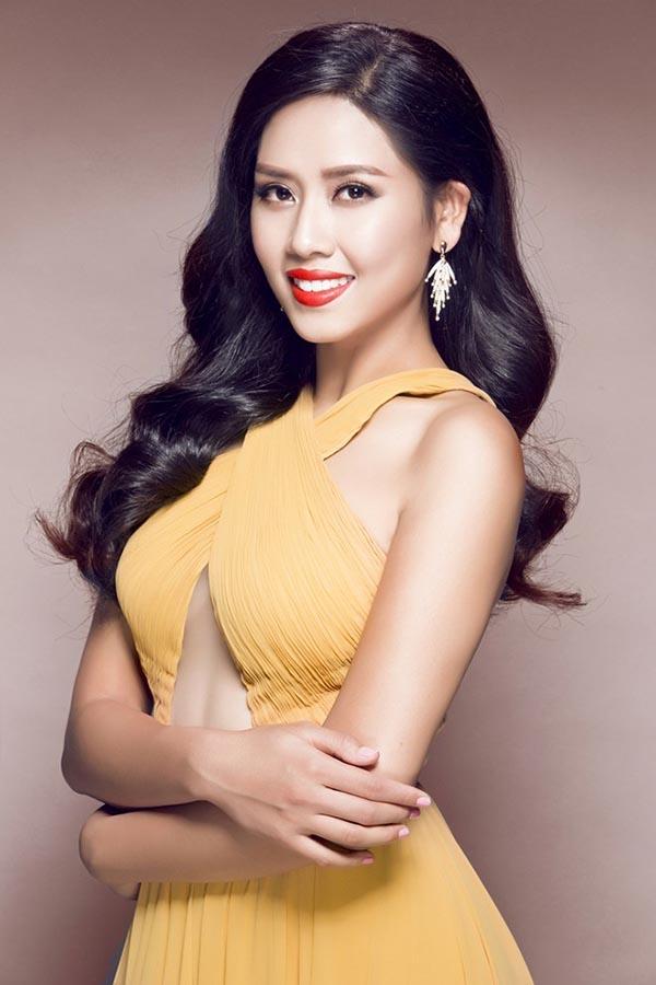 Mới đây, cô tiếp tục ghi danh vào Hoa hậu  hoàn Vũ Việt Nam 2015 và được đặc cách thẳng vào vòng chung kết nhờ bảng thành tích khá ấn tượng và hoành tráng.