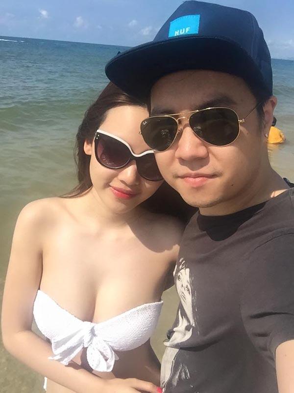 Cô cũng không ngại công khai những khoảnh khắc mặc bikini gợi cảm, nóng bỏng sau kì nghỉ dưỡng cùng Lê Hiếu lên mạng xã hội.