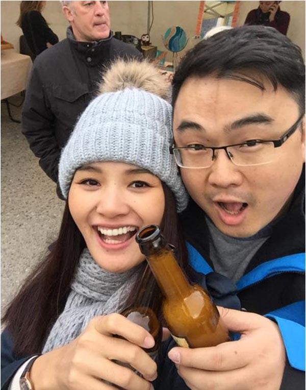 Dịp rảnh rỗi, 2 vợ chồng thường xuyên đi du lịch ở nhiều địa danh nổi tiếng trên thế giới.