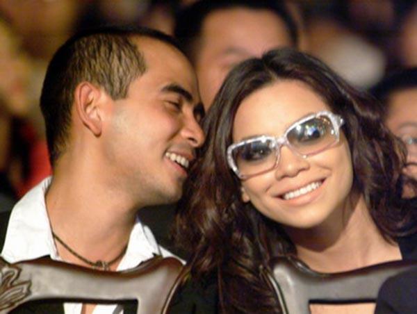 Từ những lần làm việc chung, cả 2 nảy sinh tình cảm và quyết định công khai mối quan hệ từ năm 2005.