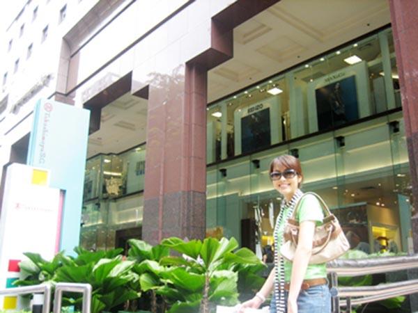 Tăng Thanh Hà thời đi du học ở Singapo.