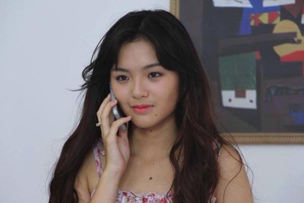 Hơn 3 năm không xuất hiện trên màn ảnh, năm 2015 Nhật Hạ tái xuất với vai Nhã Thủy trong phim Mặt nạ thiên thần.