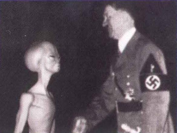 Hitler cũng từng bị cho là dính lứu tới người ngoài hành tinh