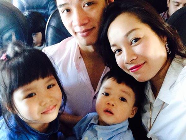 Sau 6 năm gắn bó, Minh Hương và ông xã đã có 1 bé trai và 1 bé gái rất ngoan ngoãn, kháu khỉnh.