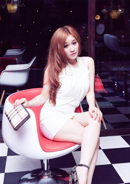 Hot girl xinh đẹp Ivy