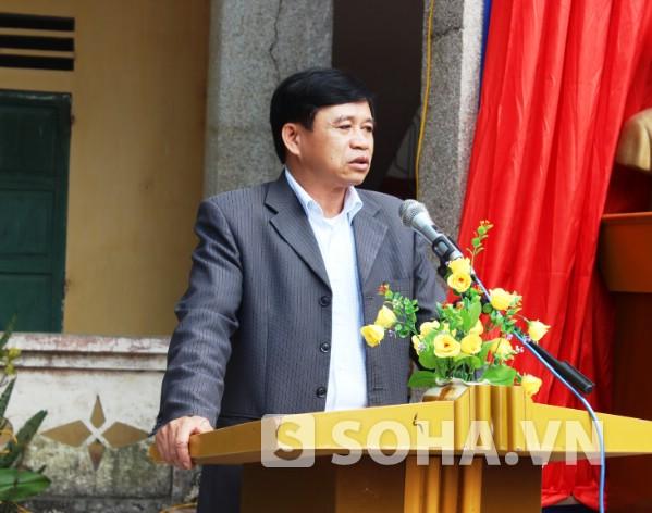 Ông Nguyễn Văn Triển - Bí thư xã Yên Cường tâm sự nỗi niềm có một thư viện nhỏ.