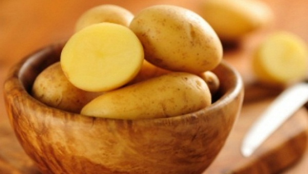 Thường xuyên ăn khoai tây luộc sẽ làm giảm huyết áp