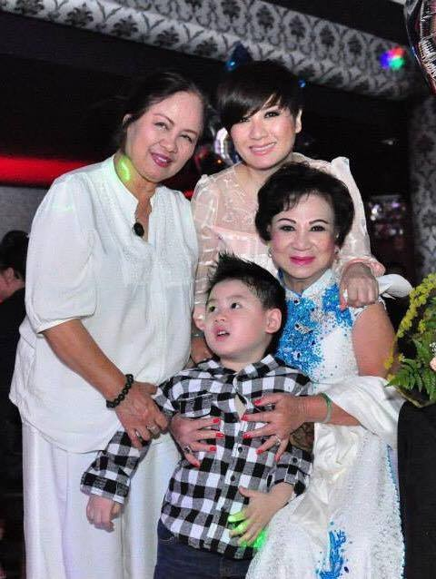 Vợ cũ của Bằng Kiều bên con trai, mẹ đẻ và mẹ chồng cũ.