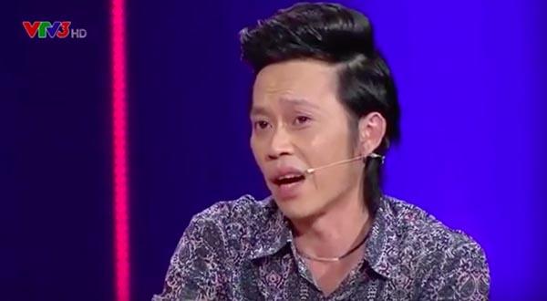 Để mô tả thêm sự gầy gò của mình, danh hài gốc Quảng Nam còn tiết lộ việc da đã đụng xương thậm chí không thể nắm được phần thịt ở 2 bên hông.