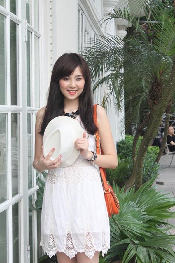 Nhờ cách truyền đạt mới mẻ, không khô khan, Mai Ngọc được đánh giá một MC, BTV đầy tiềm năng của VTV.