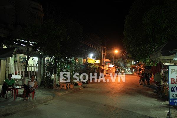 Hình ảnh khu nhà của Ngọc Trinh vào buổi tối.