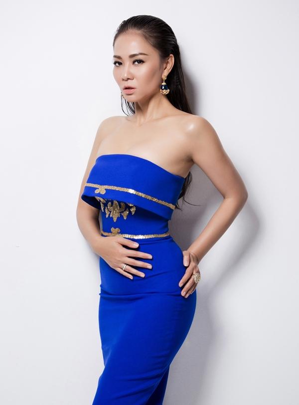 Ca khúc này sẽ lần đầu tiên được Diva thứ 5 biểu diễn trong Đêm gala trao giải Vietnam Idol 2015 tới.