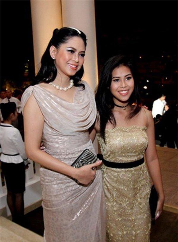 Hiện tại, khối tài sản mà gia đình Thảo Tiên nắm giữ vẫn chưa thể thống kê cụ thể bởi hệ thống kinh doanh, hoạt đông của bố mẹ cô mang tầm ảnh hưởng lớn tại Việt Nam và ít có đại gia nào có thể chạy đua bằng.