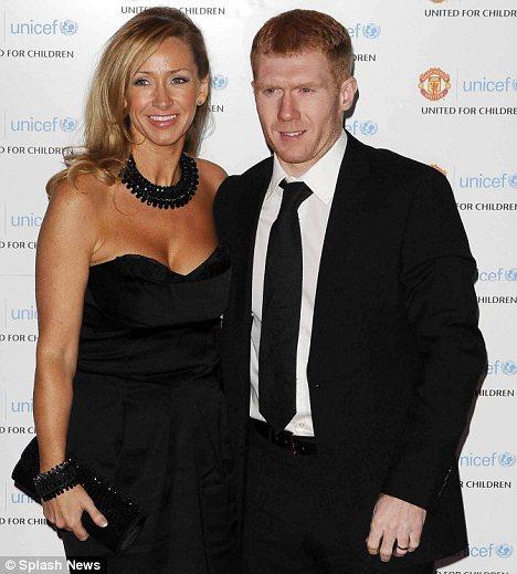 Scholes và Claire kết hôn năm 1999