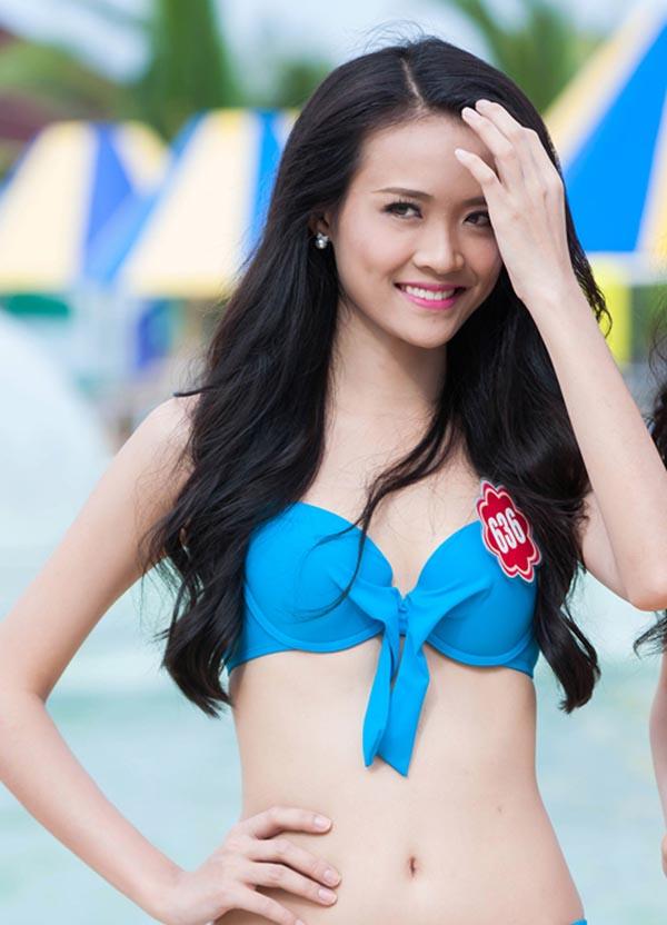 Trương Mỹ Nhân sinh năm 1995 tại TP. HCM. Cô sở hữu chiều cao 1m78 và từng là gương mặt ấn tượng của Hoa hậu Việt Nam 2014.