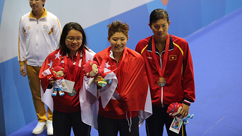 Tao Li đã 2 lần vượt qua Ánh Viên ở SEA Games 28.