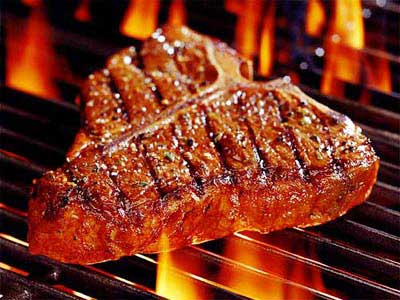 Thịt nướng trên lửa to rất độc hại