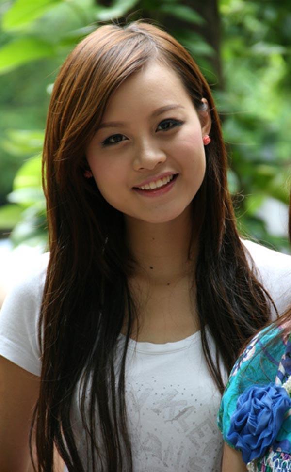 Ngay từ vòng sơ khảo Hoa hậu Việt Nam 2010 khu vực phía Bắc, thí sinh Lê Thu Huyền Trang đã nhận được nhiều sự chú ý bởi ngoại hình trong sáng, hồn nhiên.