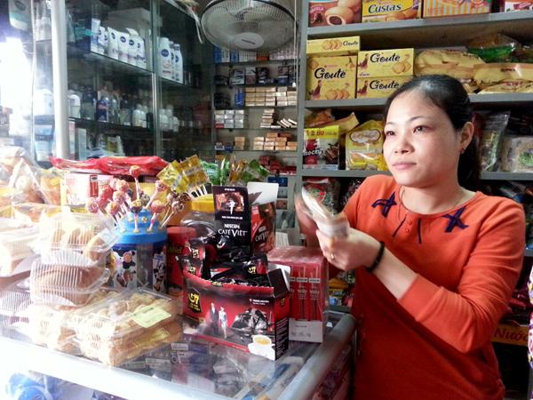 Theo chị Mùa, chủ hộ kinh doanh trên đường Phú Diễn (Hà Nội): Người tiêu dùng có thể chọn loại cà phê khác thay G7.