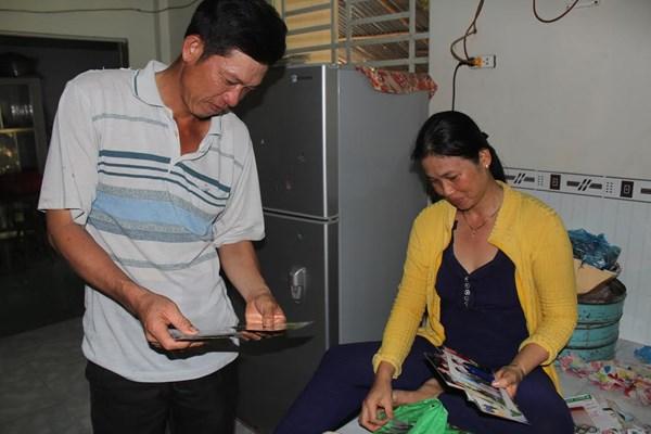 Bố mẹ của kình ngư số 1 Việt Nam luôn nâng niu gìn giữ những bức ảnh của con gái