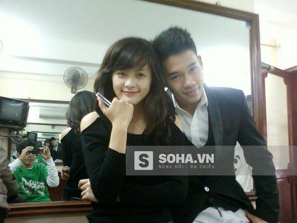 Năm 2010, Phạm Hạ Vi thử sức với cuộc thi Hoa học trò Icon.