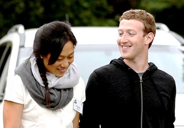 Sau khi chào đón cô con gái đầu lòng ra đời, Mark tuyên bố hiến 99% tài sản để làm từ thiện.