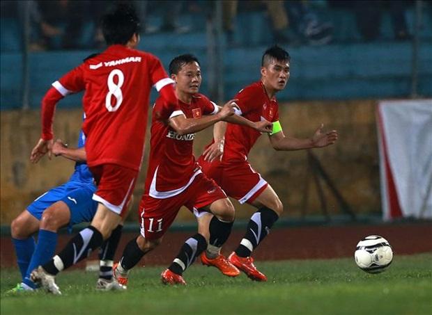 ĐT Việt Nam dưới thời HLV Hữu Thắng đang có tinh thần và lối chơi hợp lý. Ảnh: Internet.
