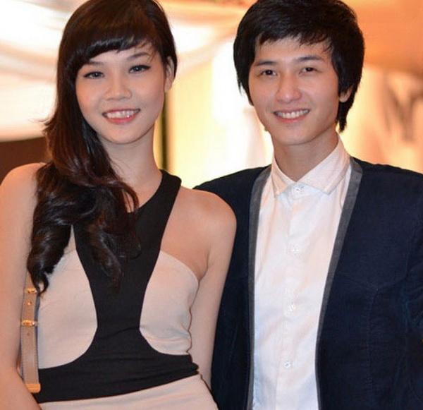 Hình ảnh của Kỳ Hân và Huỳnh Anh khi còn tay trong tay. Lúc đó, Kỳ Hân chưa phẫu thuật thẩm mỹ.