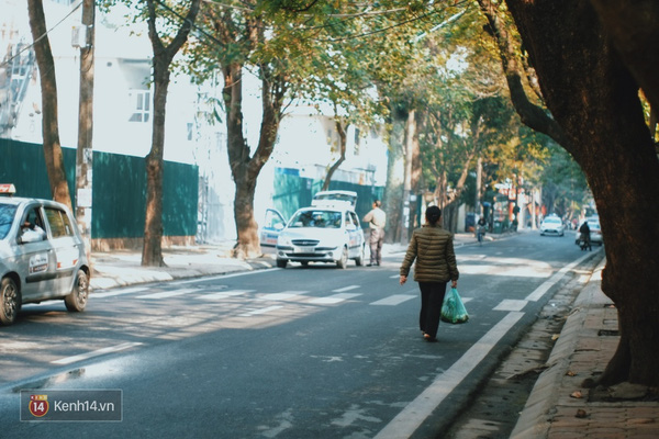 Những con đường trở nên vắng lặng hơn nhiều (Ảnh: Kenh14/TTVN)